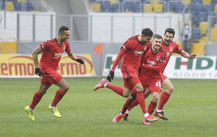 Son dakika: Beşiktaş'ın kapısından döndü! Cenk Tosun'dan önce...