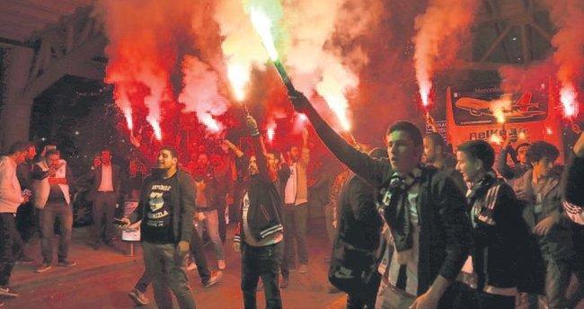 Beşiktaş'a Ankara'da muhteşem karşılama
