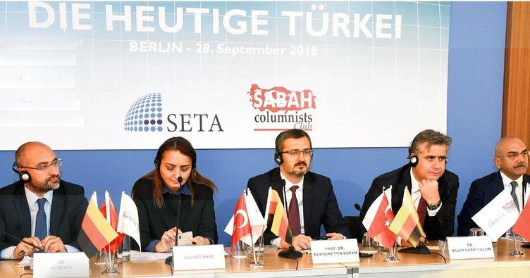 Türkiye'nin gerçeklerini Berlin'de anlattılar