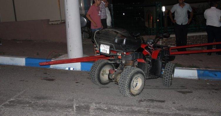 ATV aracıyla çelik bariyerlere çarptı yaralandı