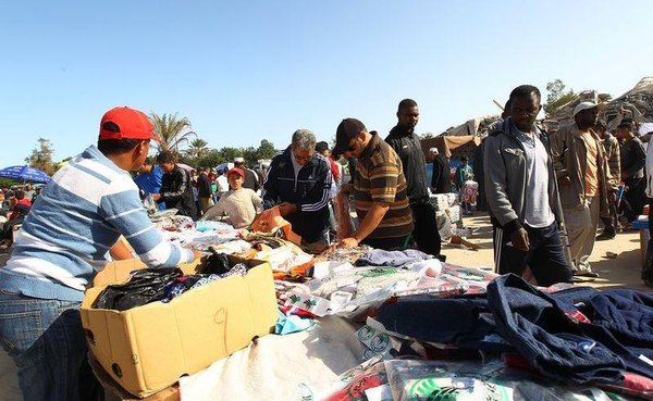Kaddafi'nin sarayı artık pazar yeri
