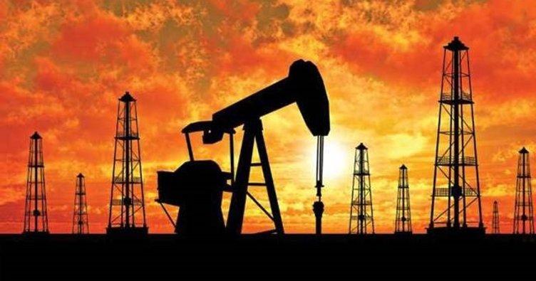 Petrol fiyatları yüzde 1.0'den fazla düştü!