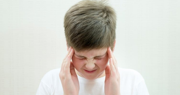 Çocuğunuzun başı çikolata yedikten sonra ağrıyorsa...