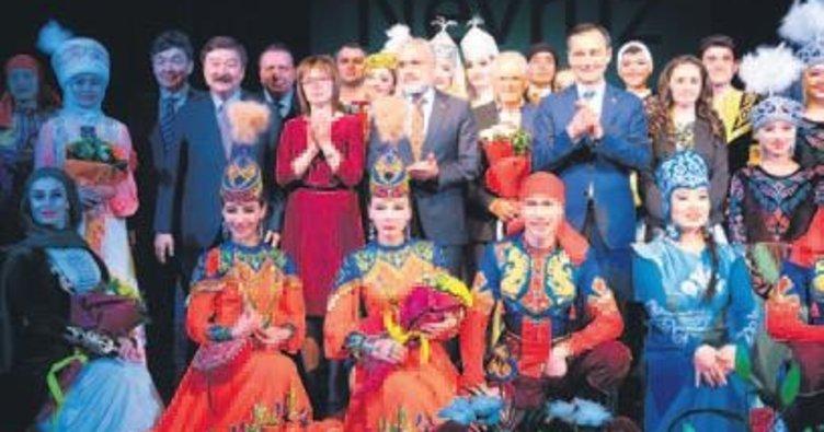 Tüm renkleriyle Türk dünyası