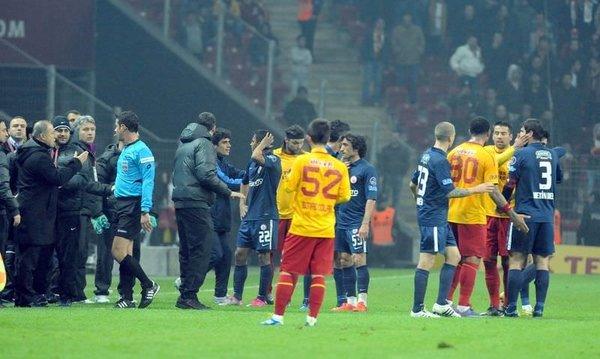 Galatasaray-İBB Spor karşılaşmasından kareler