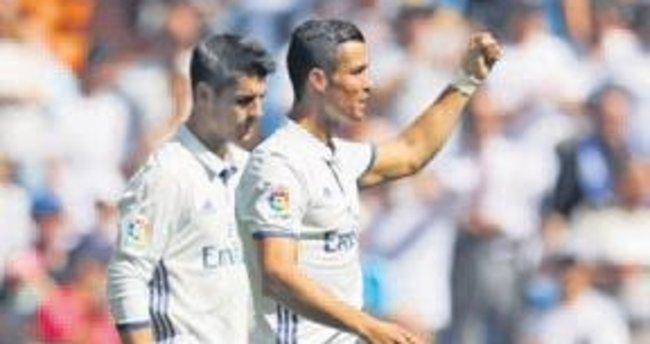 Real Madrid coştu Barça evinde yıkıldı