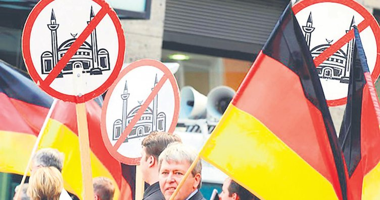 Almanya'da iki Türk kadına ırkçı saldırı