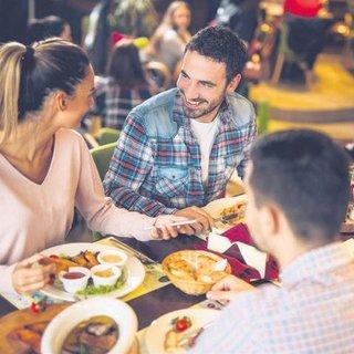2020'de dışarıda yemek yeme sıklığını azaltın