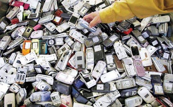 Ömrü biten cep telefonları altın değerinde