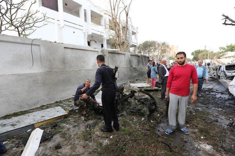Libya Fransız Büyükelçiliği'nde bombalı saldırı dehşeti