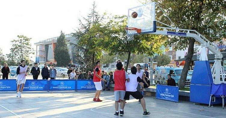 Sokak basketbolu büyük ilgi gördü