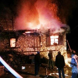 96 yaşındaki kadın evinde çıkan yangında öldü