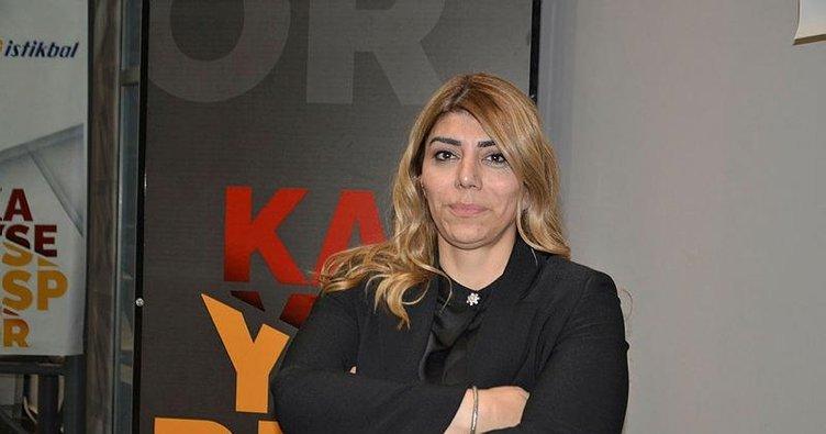 Berna Gözbaşı teknik direktör Bayram Bektaş'ı açıkladı