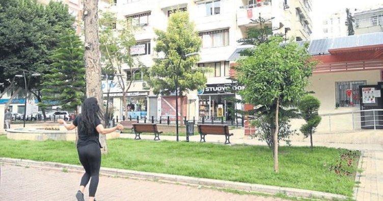 Adana'da 'eğitmenler sokakta, halk evinde sporda' etkinliği