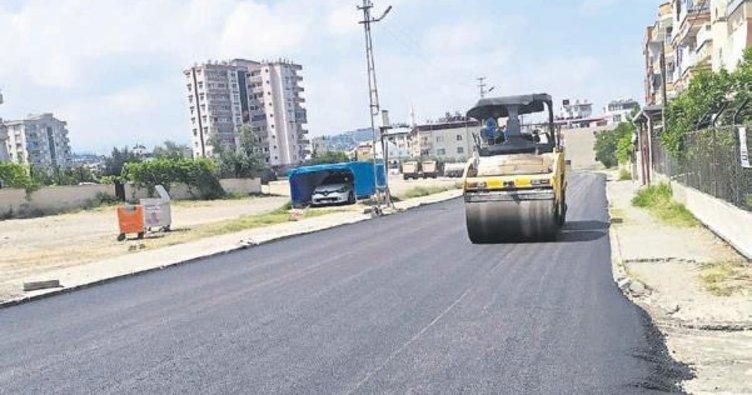 İskenderun'da asfalt çalışmaları sürüyor