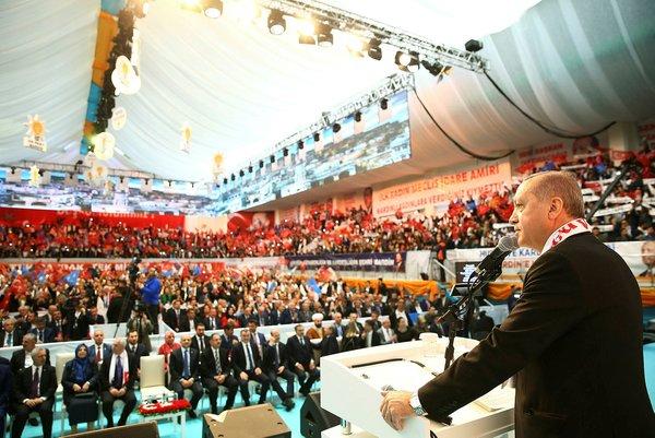 Mardin Cumhurbaşkanı Erdoğan'ı coşkuyla karşıladı