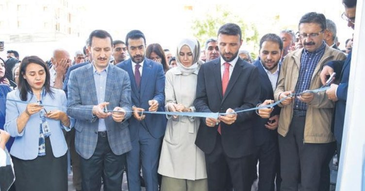 AK Parti'li Yeğin seçim ofisi açtı