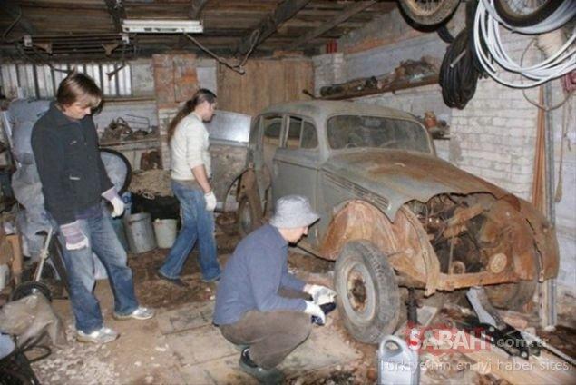 Dile kolay! Yarım asır sonra garajdan çıkarıldı ve son hali şoke etti!
