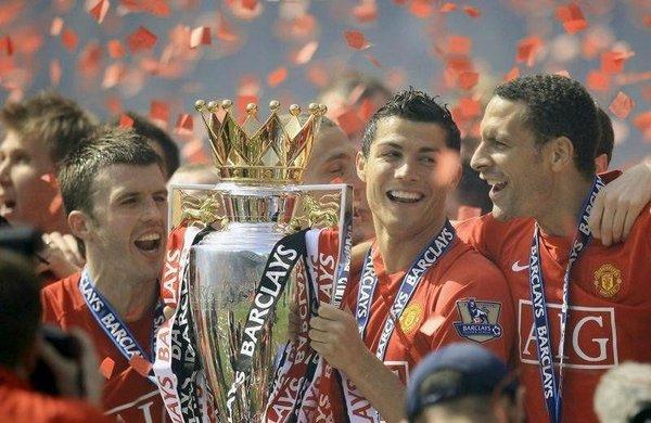 M. United şampiyon