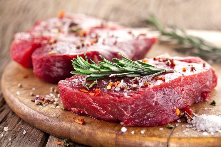 Kırmızı eti bol limonlu salatayla tüketin