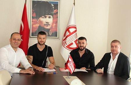 Süper Lig'de 2015-2016 sezonu transferleri