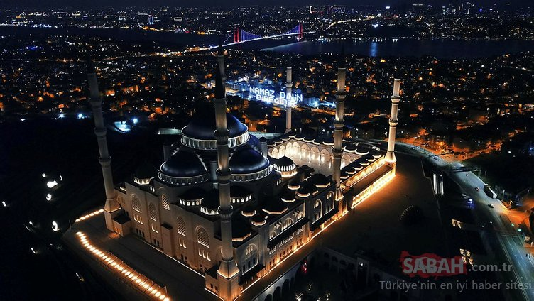 Çamlıca Camisi'nin Ramazan mahyası havadan görüntülendi