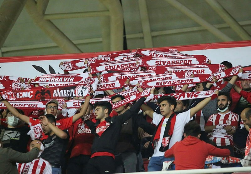 Sivasspor Kopenhag maçı ne zaman, hangi kanalda, saat kaçta, şifresiz mi? Sivasspor Kopenhag maçı canlı yayın kanalı 12