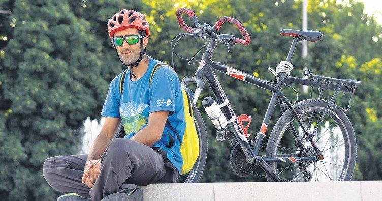 Bisikletle İstanbul'dan Bişkek'e gitti