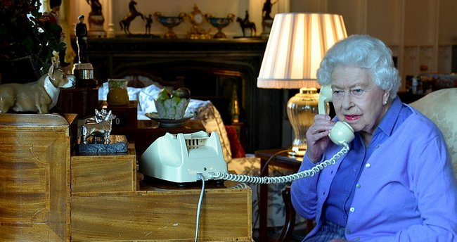 Son dakika haberi: Kraliçe'nin yardımcısına coronavirüs teşhisi kondu