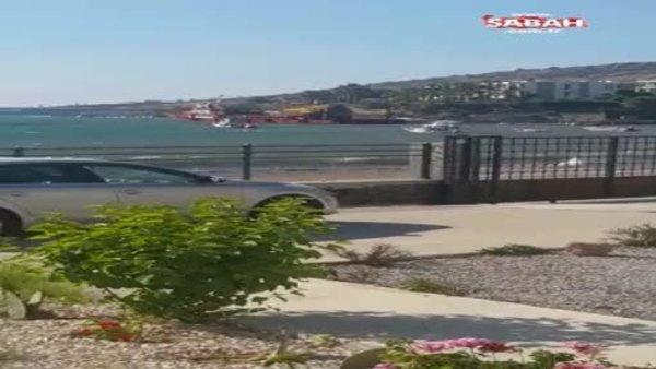 Bodrum'da bir garip olay! Kepçe denize daldı | Video