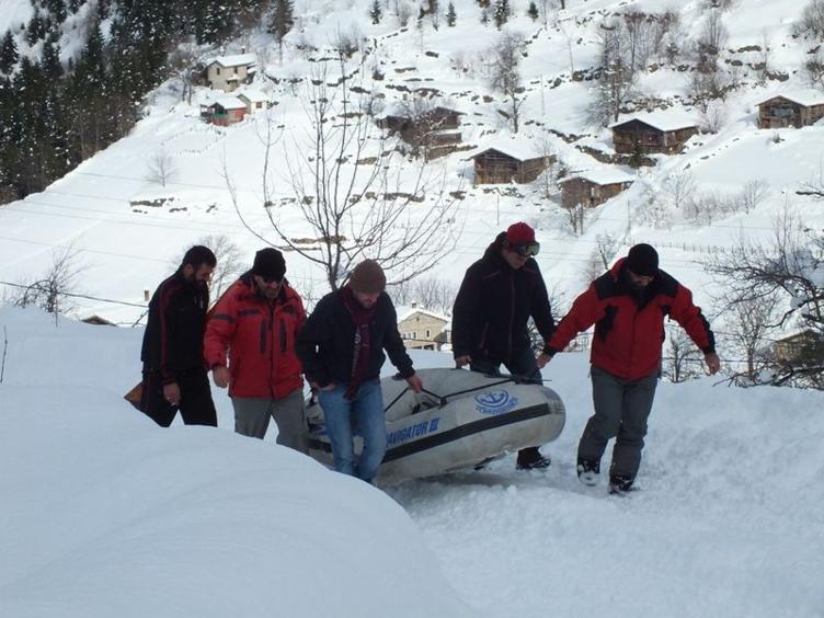 Uzungöl'de kar raftingi