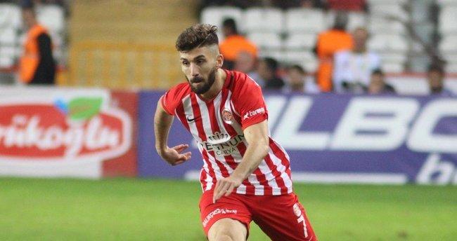 Antalyasporlu Doğukan Sinik Fenerbahçe'ye transfer oluyor
