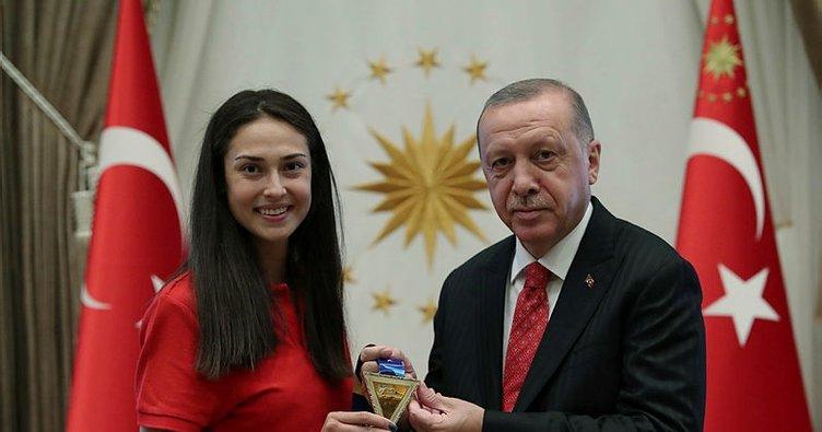 Başkan Recep Tayyip Erdoğan İrem Yaman'ı kabul etti