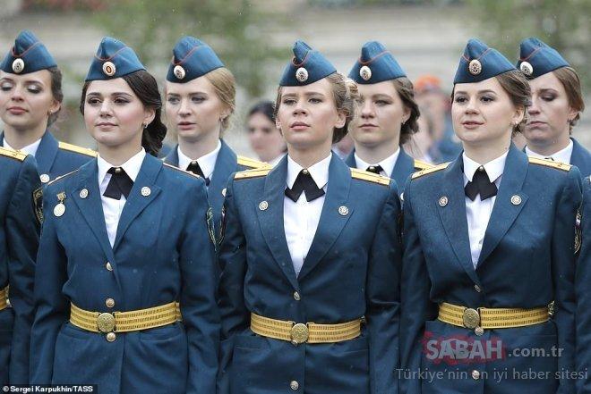Mankenlik ajansı değil Rus Polis Akademisi! Rus kadın polisleri görenler şaşkına döndü…