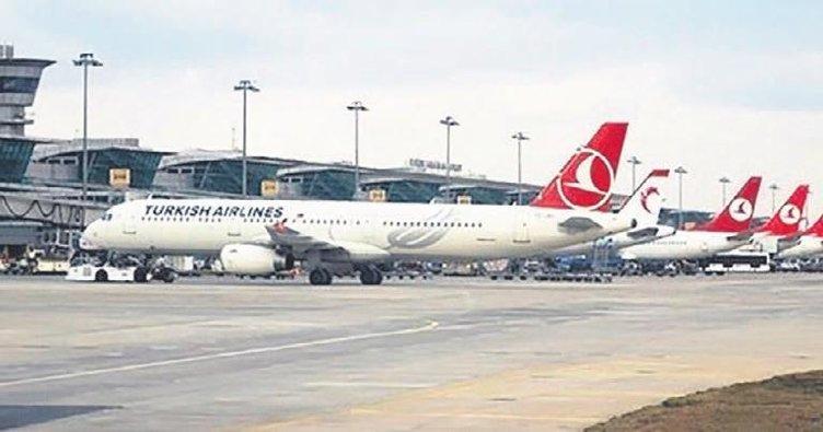 Uçak yolcularının yüzde 5'i Türkiye üzerinden taşındı