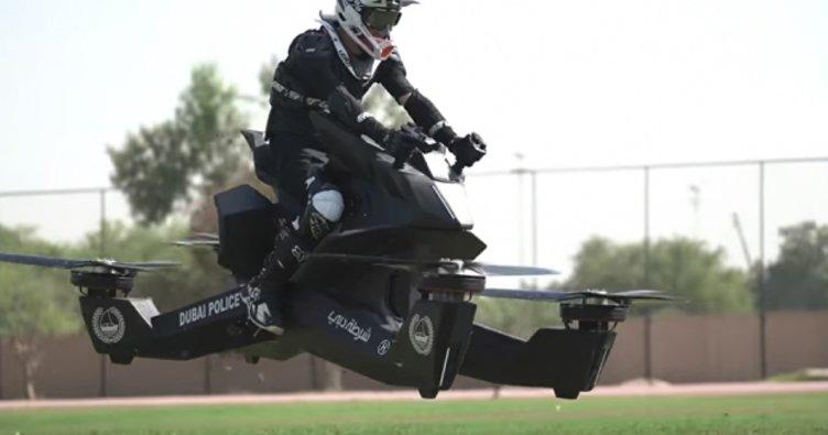 Dubai polisi uçan araçları kullanmaya başlıyor