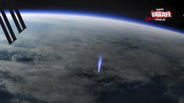 Dünya'dan uzaya yayılan mavi ışık huzmesinin canlandırma görüntüsü yayınlandı | Video