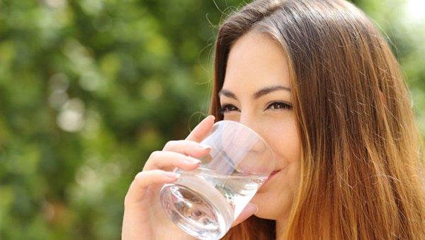 Gereğinden fazla su metabolizmayı bozuyor