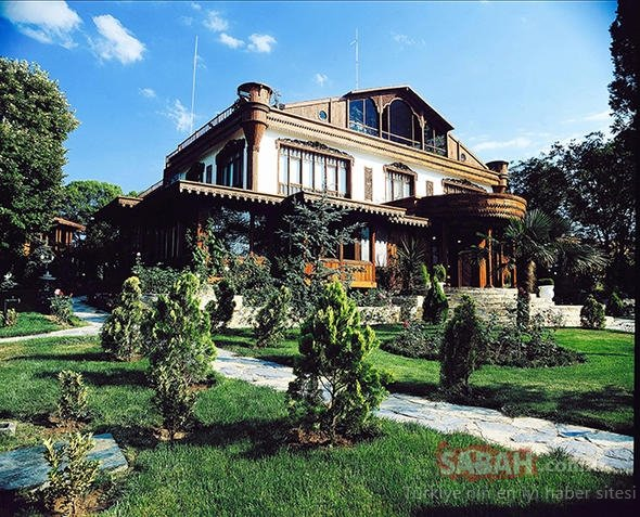 Havadan fotoğraflandı! İşte Adnan Oktar'ın Çengelköy'deki malikanesi...