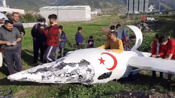 SON DAKİKA: Osmaniye'de kendi yaptığı uçakla havalanan sosyal medya fenomeni yere çakıldı