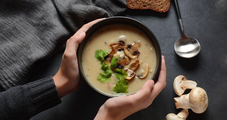 Nefis lezzetiyle mantar çorbası tarifi: Kremalı mantar çorbası nasıl yapılır?