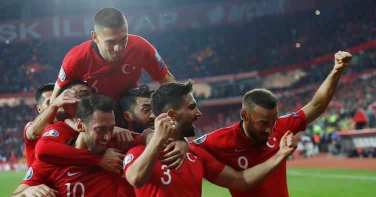 Türkiye, Moldova'ya gol oldu yağdı