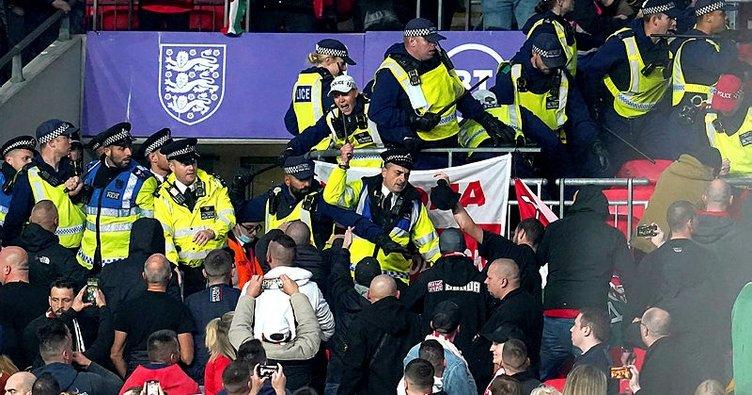 İngiltere - Macaristan maçında gergin anlar! Polis ve taraftarlar...