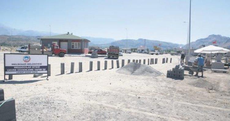 Melikgazi'de taş ve mezar ustalarına site