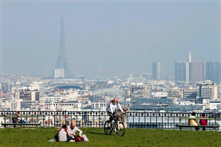 Paris'in başı belada