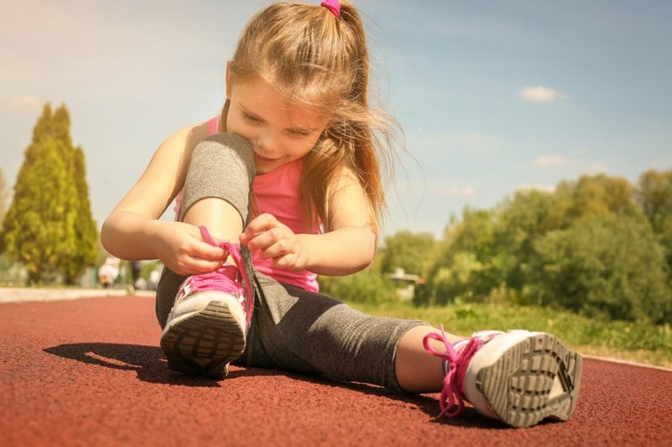 Yanlış ayakkabı çocuğun ayak sağlığını bozabilir