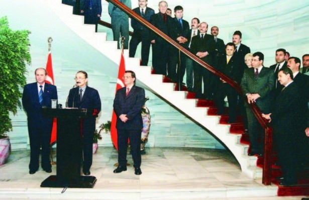 Türkiye'nin 'yönetilemediği' koalisyonlar