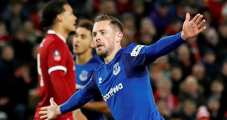 Evertonlı Sigurdsson'dan Cenk Tosun yorumu