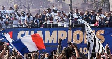 Fransa, Dünya Kupası şampiyonluğunu kutladı