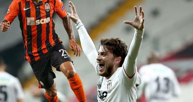 Son dakika: Beşiktaş'a Adem Ljajic'in yerine Alex Teixeira geliyor